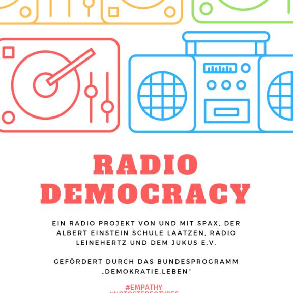 Banner des Projektes Demokratie leben mit stilisierten HiFi-Symbolen