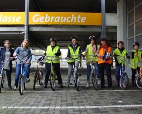 Fahrradkurs mit Flüchgtlingsfrauen